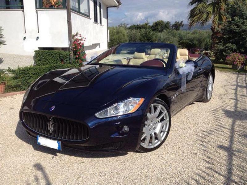 Auto sposi Napoli | Maserati Gran Cabrio, supercar per nozze e cerimonie