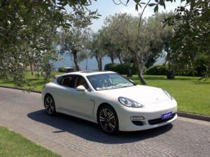 Auto-Sposi-Napoli_Porsche-Panamera_auto-per-cerimonie