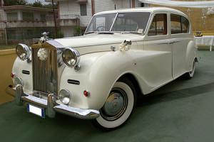 Auto-sposi-Napoli-epoca_Rolls-Royce-Princess