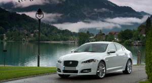 Auto Sposi Napoli | Jaguar XF | Lo stile inglese per cerimonie e nozze di classe