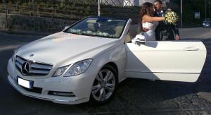 Auto-sposi-cerimonie-Napoli_Mercedes-E-Cabrio