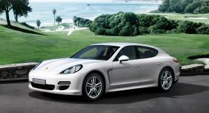 Auto Sposi Napoli | Porsche panamera bianca | Una auto dalla eleganza unica per cerimonie raffinate