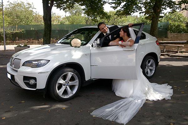 Un Suv come auto per cerimonie: ecco la BMW X6, la forma più raffinata di Sport Utility Vehicle
