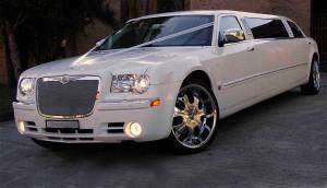 auto-sposi-napoli_auto-matrimonio_Limousine-Chrysler