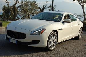 auto-sposi-napoli_auto-matrimonio_Maserati-Quattroporte-BIANCA