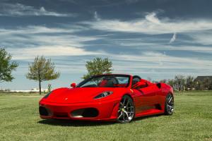 auto-sposi-napoli_auto-per-cerimonie_Ferrari