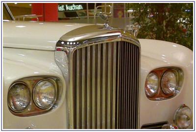 Auto Sposi Napoli, autonoleggio per cerimonie | Rolls Royce, la storia