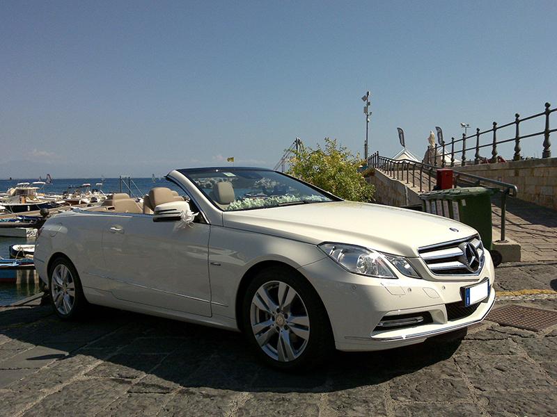 Auto sposi Napoli | Mercedes E Cabrio, una auto per matrimoni originali e di classe