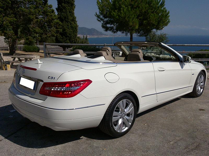 Auto sposi Napoli | Mercedes E Cabrio, una auto per i matrimoni più lussuosi, a Napoli