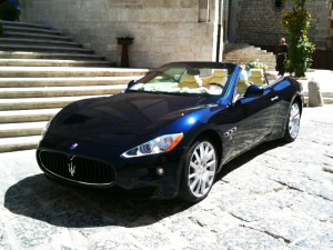 Maserati Gran Cabrio, una delle vetture preferite da noi stessi di Auto Matrimonio napoli