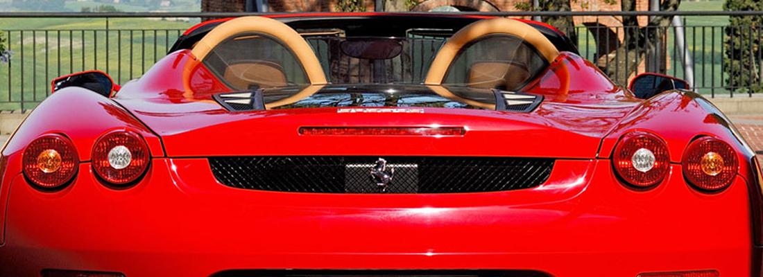 Ferrari in noleggio per sposi e cerimonie | Napoli