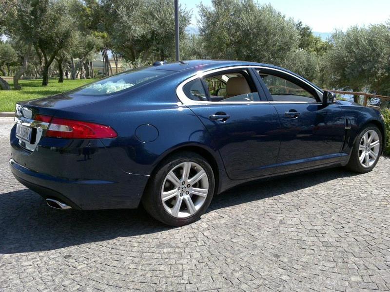 Auto Matrimonio Napoli | Jaguar XJ in noleggio per le nozze