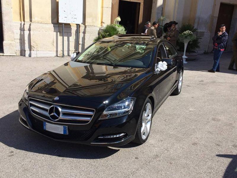 Auto Matrimonio Napoli | Mercedes CLS, auto importante, ottima per le cerimonie
