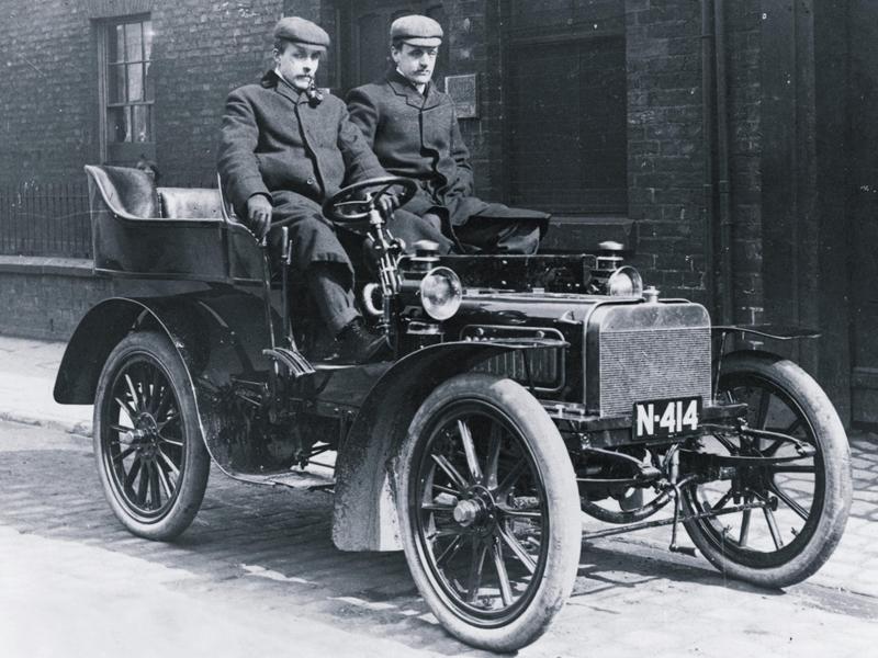 Auto per cerimonie_Napoli | Rolls Royce, la storia con Charles ed Henry