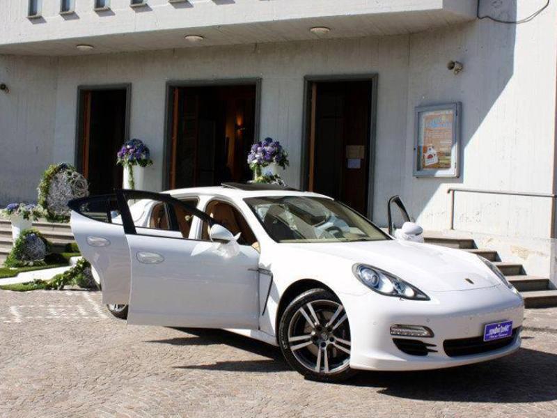 Auto sposi Napoli | Porsche da cerimonia | Storia della Panamera, seconda parte