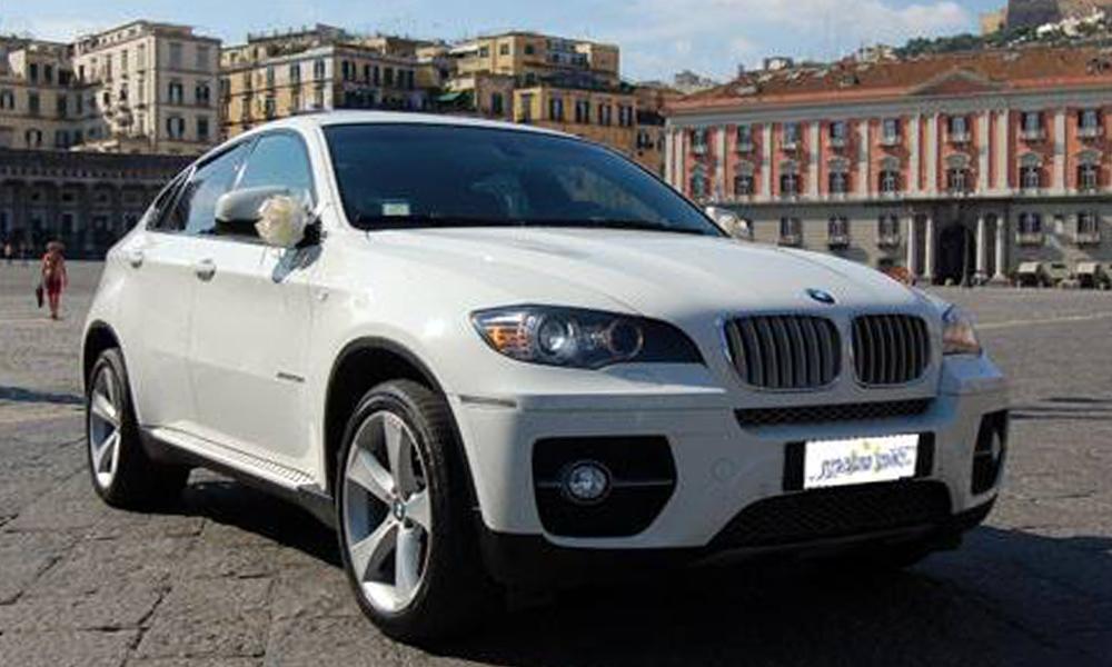 auto-sposi-Napoli_BMW-X6_noleggio-cerimonie
