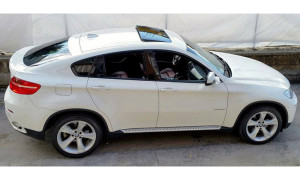 auto-sposi-Napoli_BMW-X6_noleggio-con-autista
