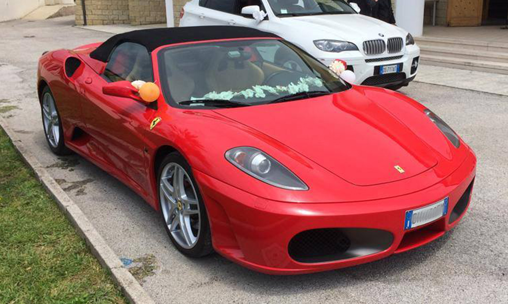 auto-sposi-Napoli_Ferrari-f430_noleggio-cerimonie