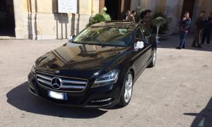 auto-sposi-Napoli_Mercedes-CLS_noleggio-con-autista