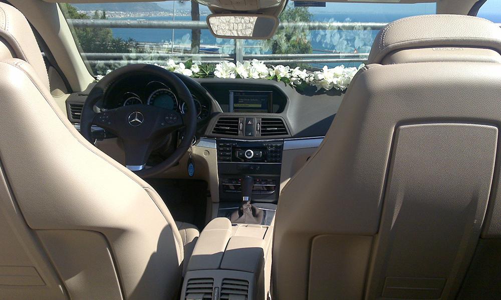 auto-sposi-Napoli_Mercedes-E-Cabrio_noleggio-nozze