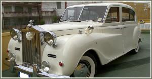 auto-sposi-Napoli_Rolls-Royce-d-epoca_OG