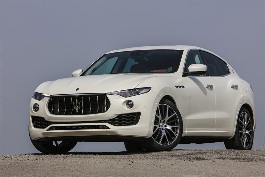 auto sposi Napoli | Maserati Levante SUV - noleggio matrimonio