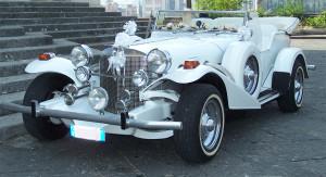Auto Sposi Napoli | Excalibur | Una auto antica, per cerimonie fuori dal tempo